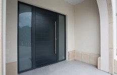 AluFoldDirect Customers are Entranced by Technic-AL RD1 Entrance Doors