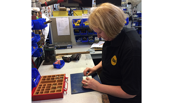 Yale Platinum 3 Star cylinder re-pinning at Centre of Excellence for Door Products