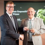 IOD Director General Stephen Martin (Left) and Ascot Group Managing Director Andrew Scott (Right)
