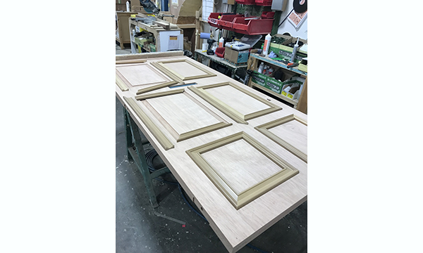 Soft-Wood Window Beads And Bars – A Knotty Problem!