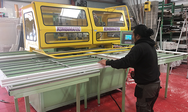 Trade Frame Doubles Up With Kombimatec Window News