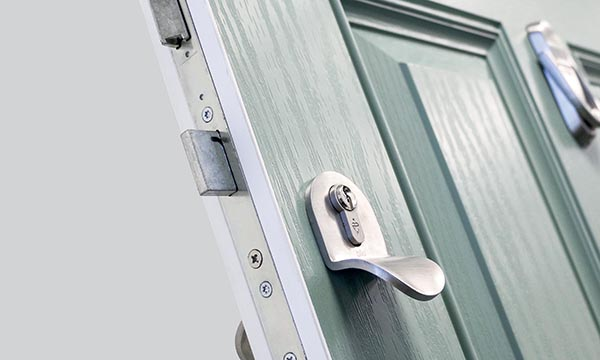 Phoenix Doors Launches New u0027Sovereignu0027 Composite Door Range : phoenix door - pezcame.com