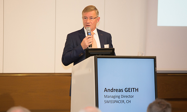 Andreas Geith, Managing Director of SWISSPACER opening fenestra-vision