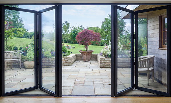 One Of The West's Best Fabricators Launches Smarts' Slimmest Bifold